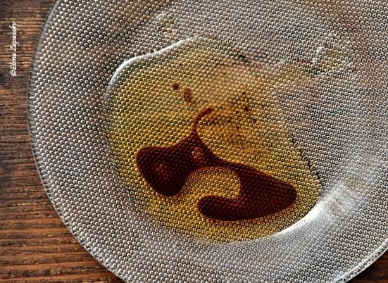 кунжутное масло и соевый соус