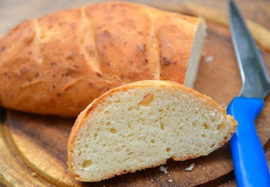 Хлеб с пармезаном