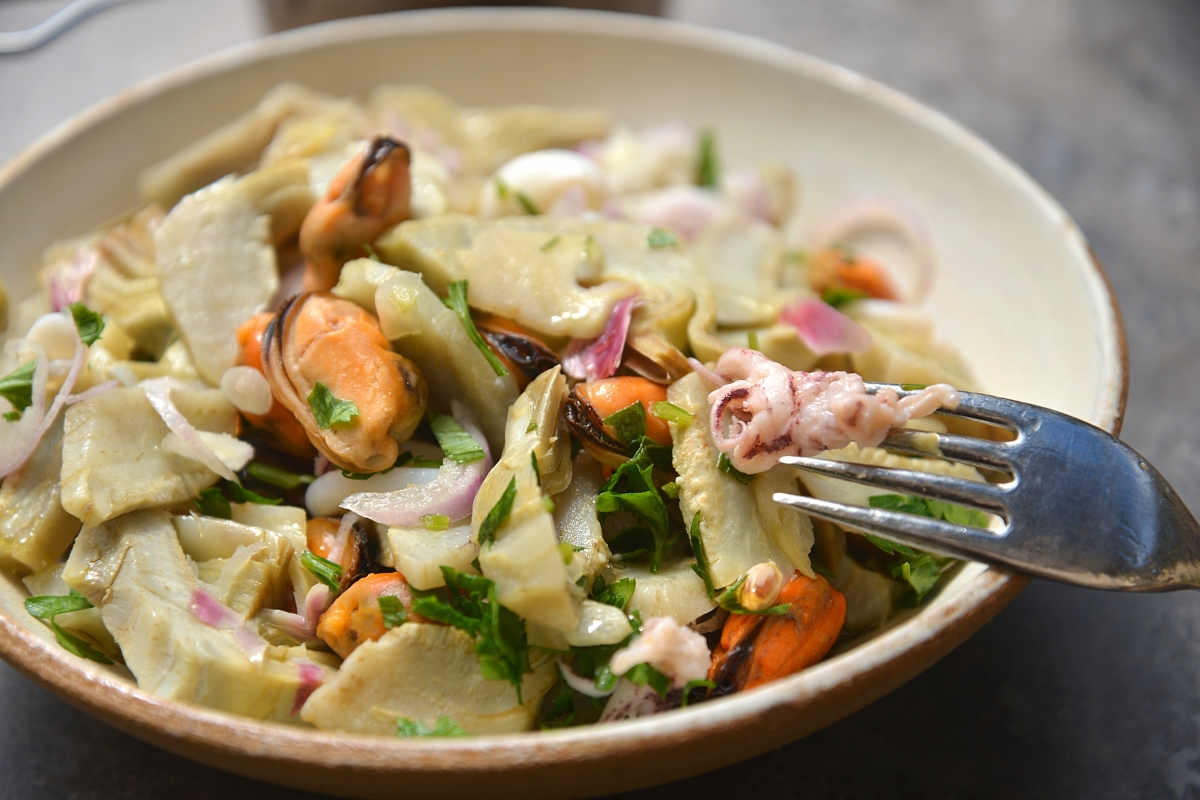 может встретиться лучшие салаты из морепродуктов рецепты с фото кого испугает