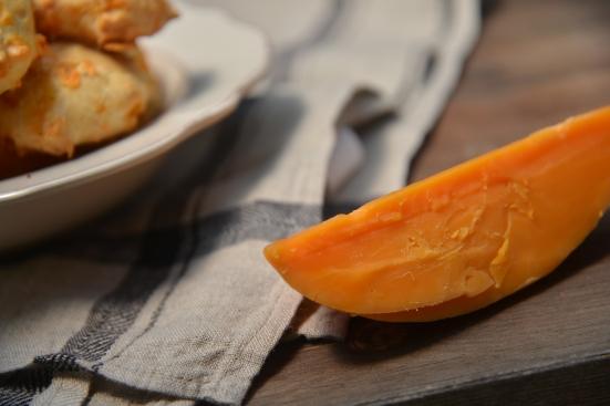 Гужеры с сыром мимолет Mimolette