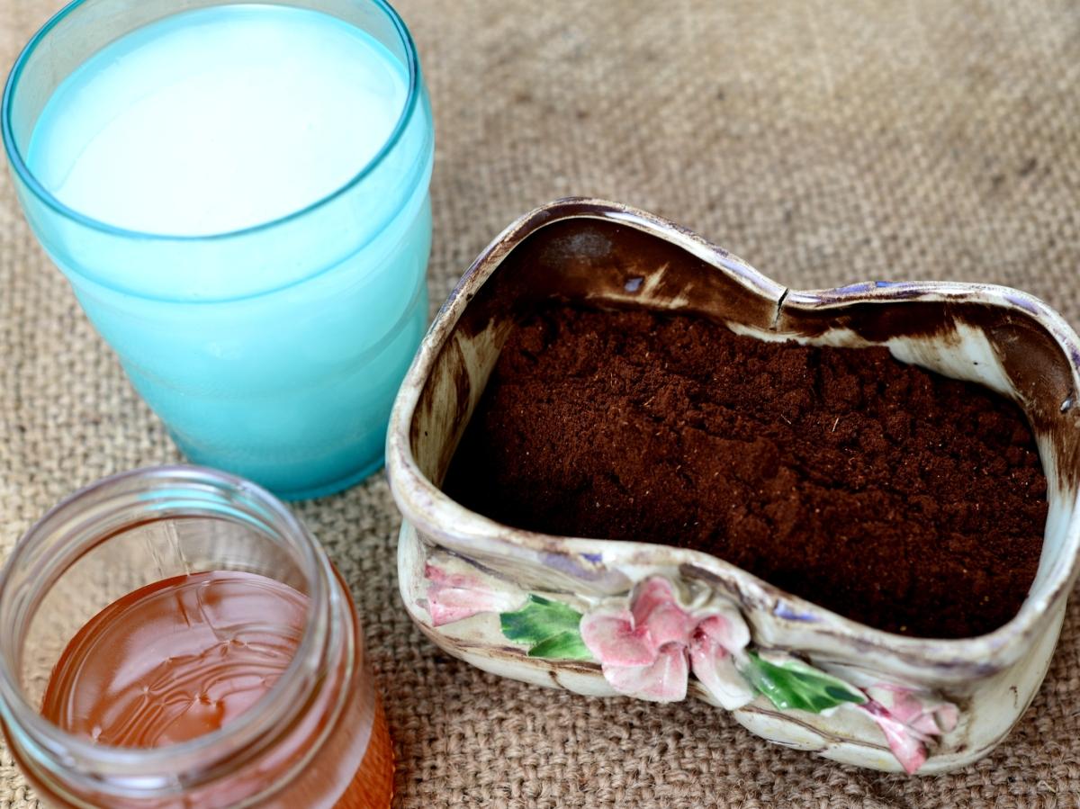 Скраб и пилинг из кофе и меда