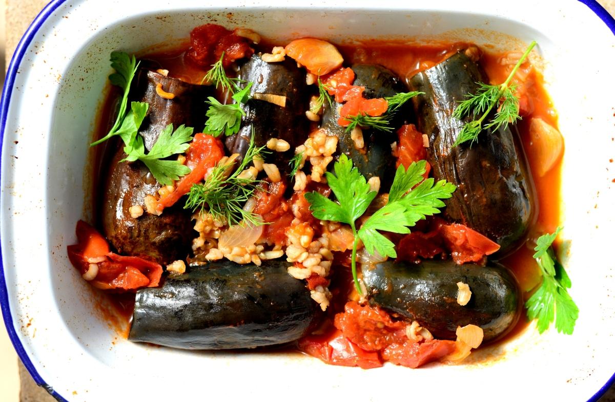 Блюдо из баклажан и свинины рецепт с фото