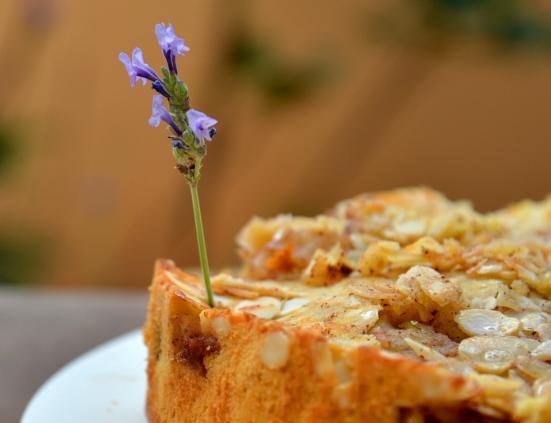 Яблочная шарлотка - французский вариант