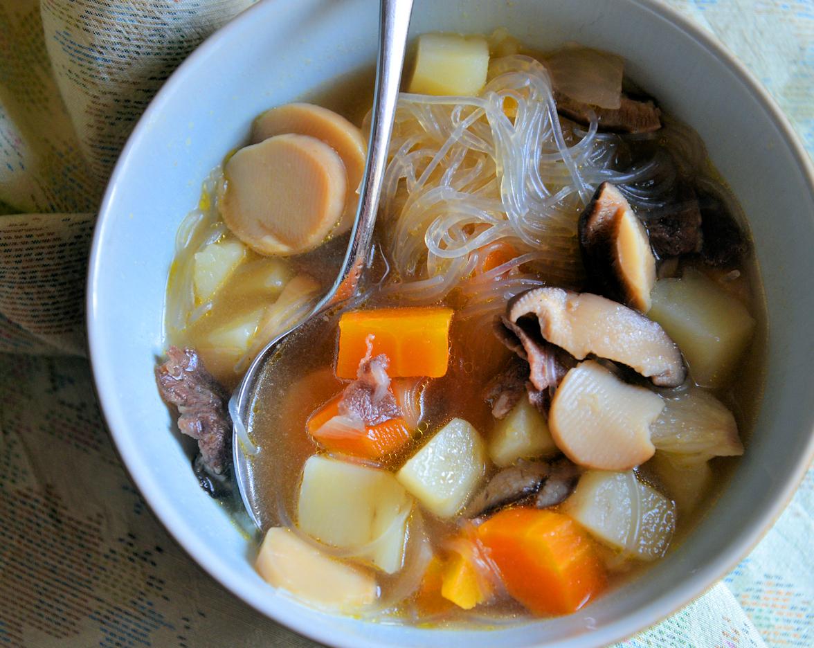 Никудзяга - картошка с мясом по-японски