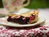 Пирог с плодами чернойшелковицы